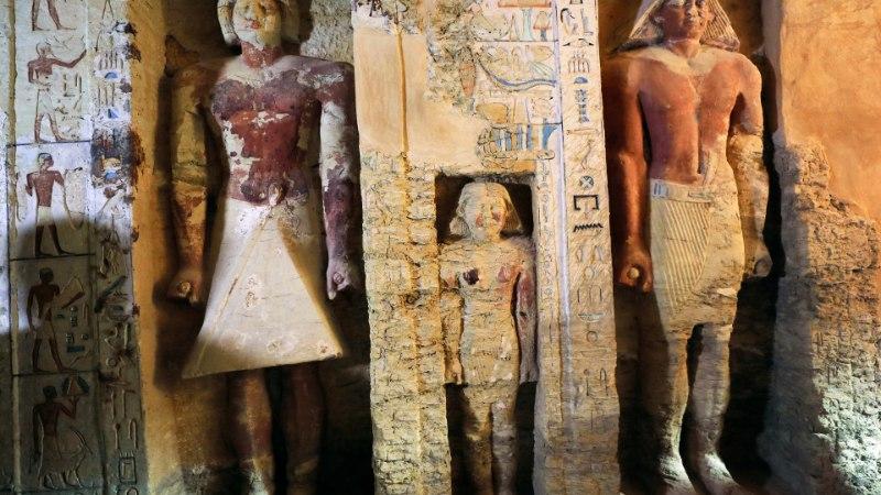 В Египте археологи нашли нетронутую гробницу верховного жреца