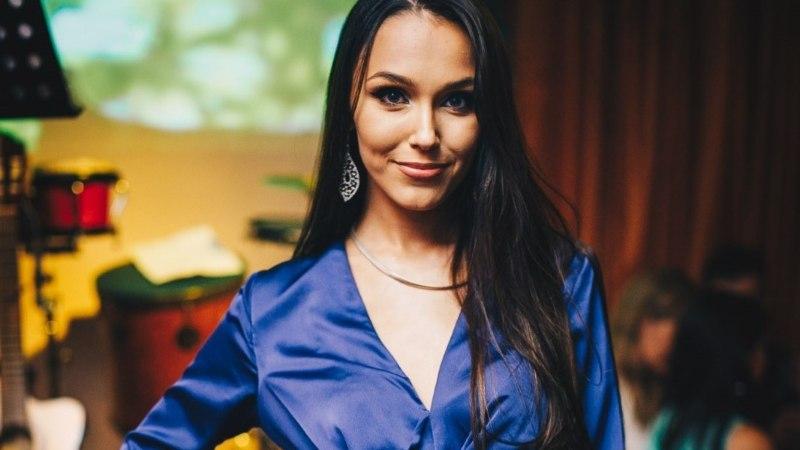 MEELELAHUTUSUUDISTE TOP 10 | Elisa Kolk esines Brasiilia meestega, Elina Nechayeva salapärane kallim ja horoskoobid