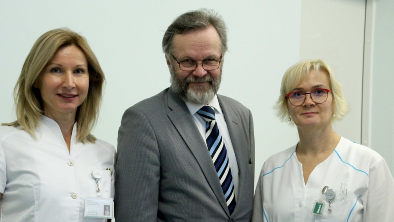 Ida-Tallinna Keskhaigla alustas uut tüüpi ravi kaugelearenenud eesnäärmevähiga patsientidele
