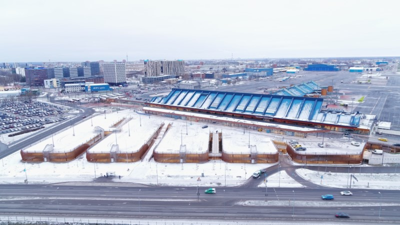 ФОТО: в Таллиннском аэропорту открылась новая парковка