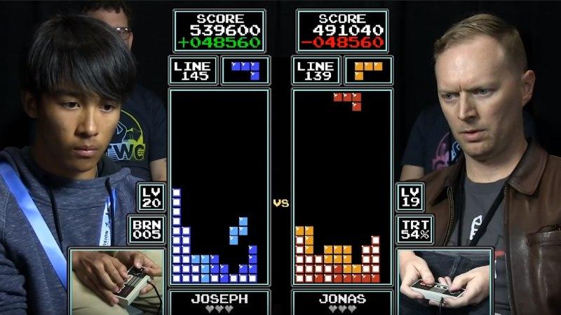 """VIDEO   16-aastane noormees läks vastamisi """"Tetrise"""" 7-kordse maailmameistriga!"""