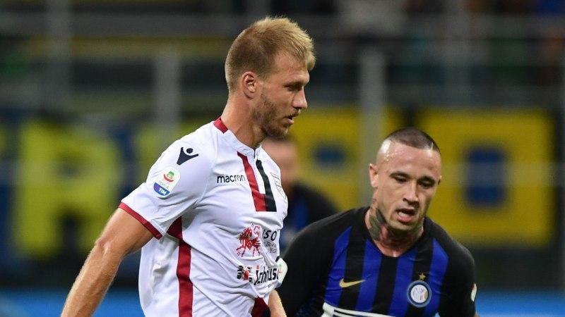 Klavan viibis väljakul ühe poolaja, Cagliari kaotas Laziole