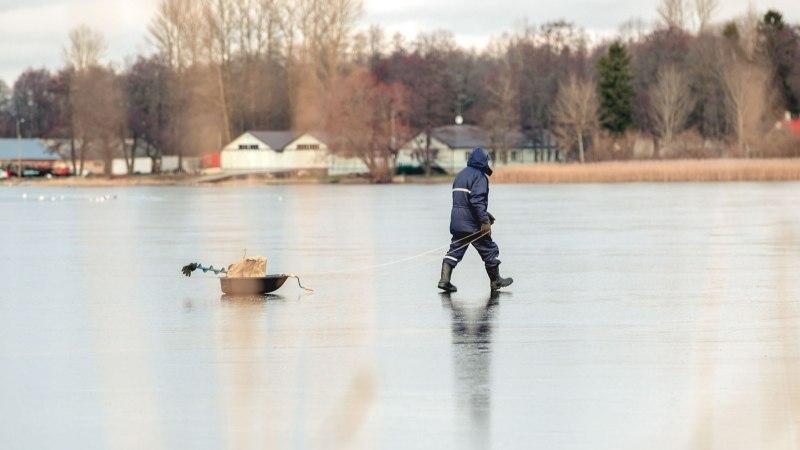 Pühajärvel vajus kalamees läbi jää