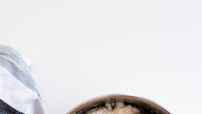 KOOLILAPSE KOKAKOOL: Riisivaht - kreemijas magustoit kisselli või moosiga!
