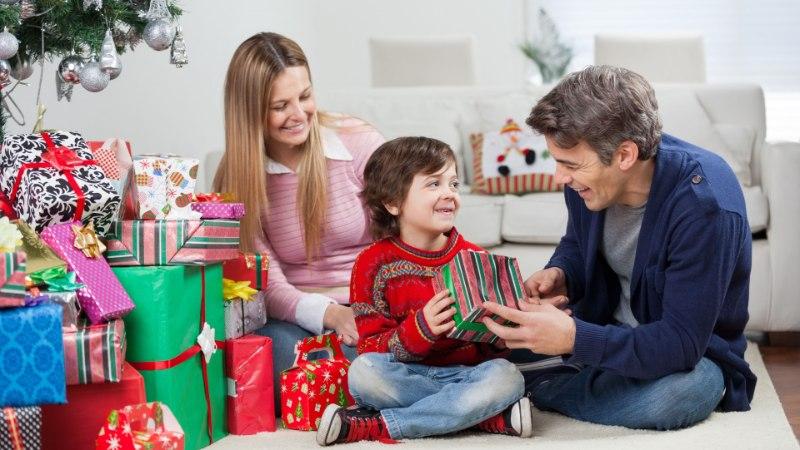 Исследование: какие подарки покупают и какие общения дают жители Эстонии к праздникам