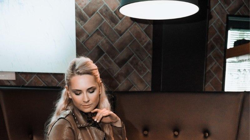 SIIVUTU KLÕPS | Brigitte Susanne Hunt õpib meest rahuldama