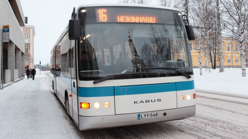 SOOME MEEDIA: bussijuhte ründasid varjupaigast ilma jäetud migrandid