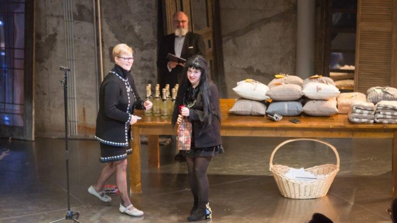 GALERII | Tallinna Linnateater tähistas sünnipäeva ning jagas kolleegipreemiaid
