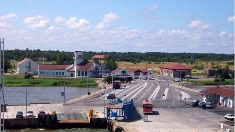Saarte Liinid ostis tühjalt seisnud Kuivastu hotellihoone