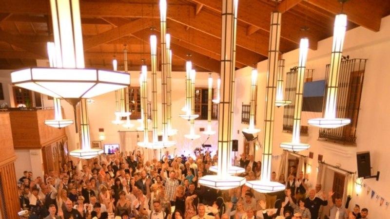 FOTOD   Üle veerand tuhande eestlase kogunes Tenerifel kodumaa juubelit tähistama
