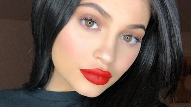 Kylie Jenner avaldas tütre nime ja pildi