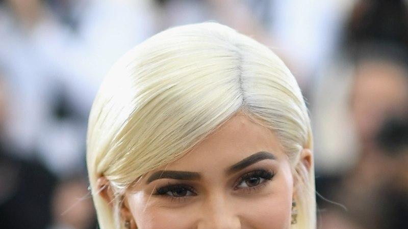Äsja emaks saanud Kylie Jenner ajab üüratut pappi kokku