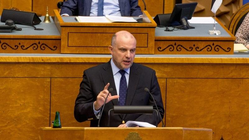 Kaitseminister Luik arutab Gruusias kolleegiga kaitsekoostööd