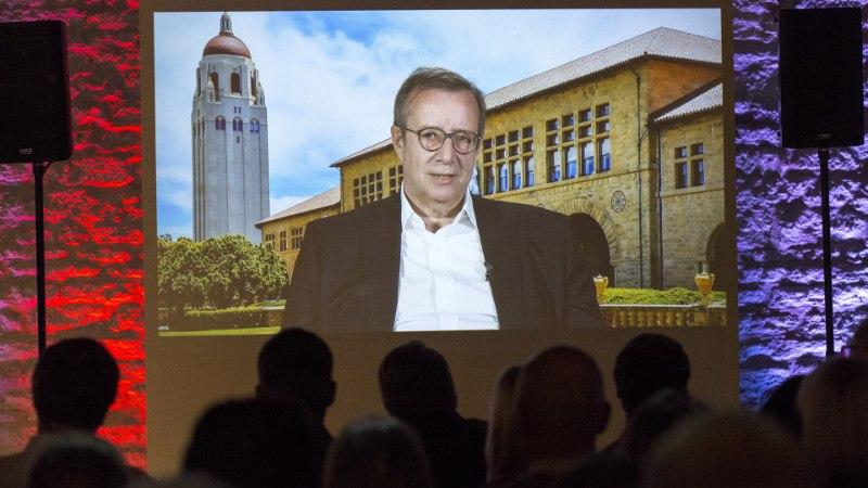 President Ilves väisab vabariigi juubeli puhul Eestit