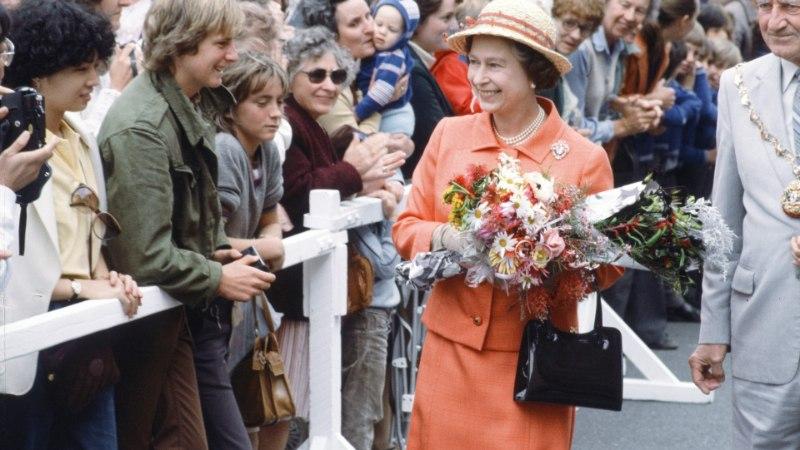 Luureagentuur kinnitab: teismeline poiss püüdis 1981. aastal kuninganna Elizabeth II tappa