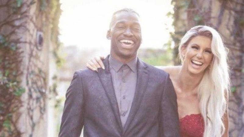 Nädalavahetusel abiellunud Grete ja Robert Griffin mängisid pulmajärgsel päeval Miami rannal võrkpalli