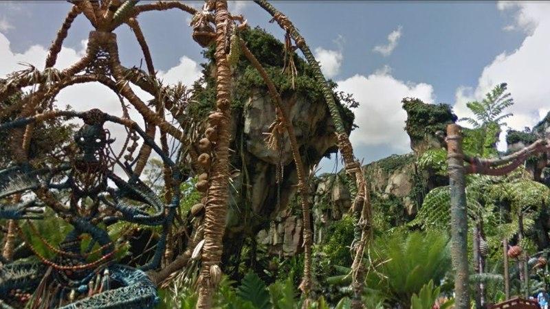 Muinasjutumaailma kodust lahkumata: Disney teemaparke näeb nüüd Google Street View's