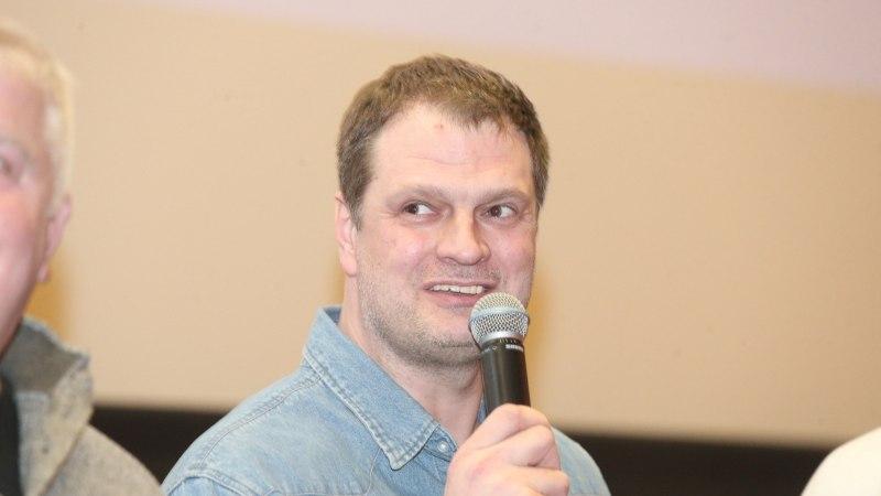 VIIES VEERANDAEG | Martin Müürsepp kaitseb Eelmäed ja jagab noortele korvpalluritele õpetussõnu