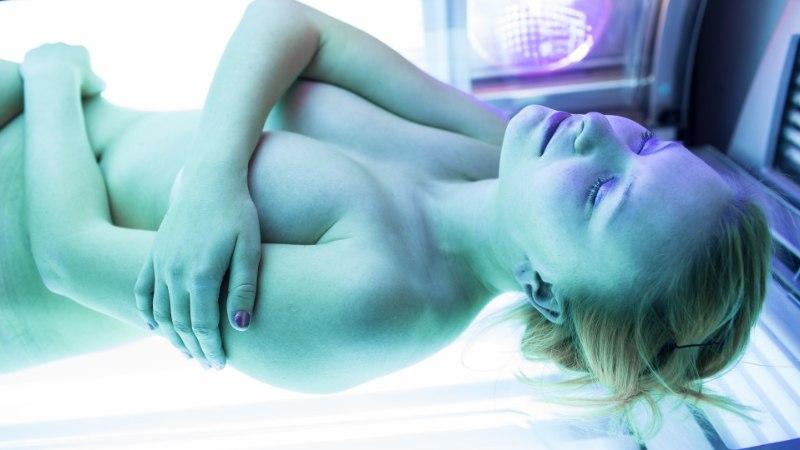 ETTEVAATUST: enamikes solaariumites ületab UV-kiirgus soovitatud taset