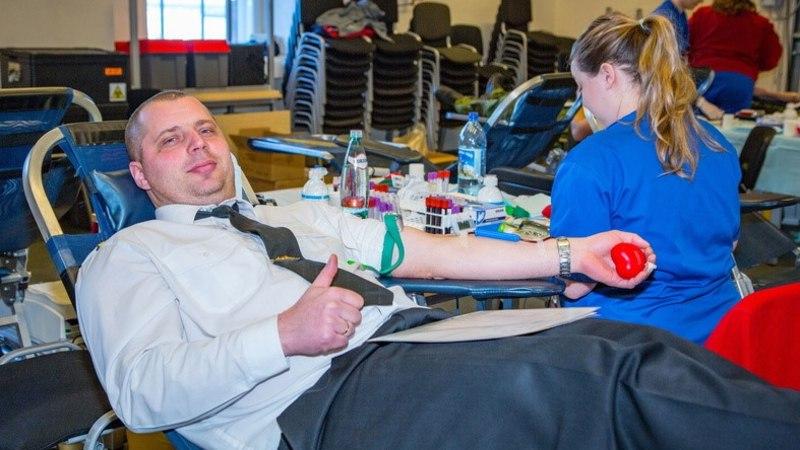 GALERII | Kaitseväelased annetasid verekeskusele 20 liitrit verd
