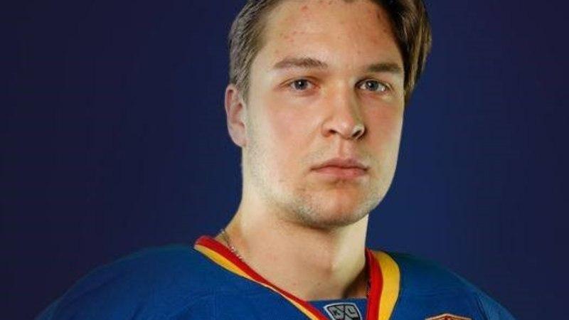 KIHVT! Jäähokikoondislase noorem vend debüteeris KHLis