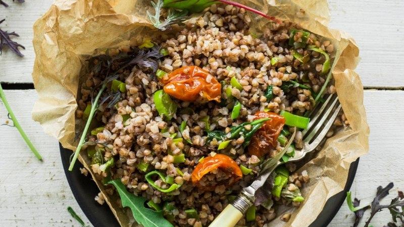 RETSEPT | Valmista õhtuks tatraroog oliivide ja päikesekuivatatud tomatitega!