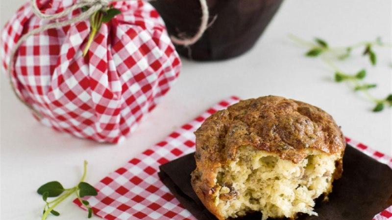 Muffinid hakkliha, juustu ja ürtidega