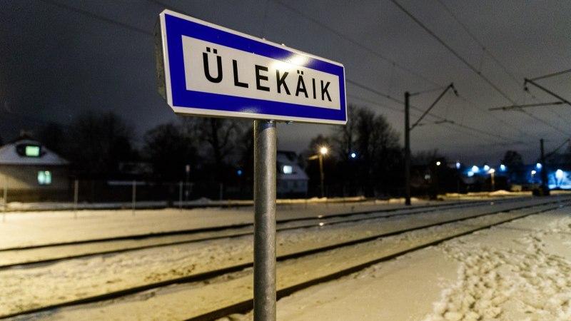 FOTOD | Tallinnas rongi alla jäänud inimene hukkus