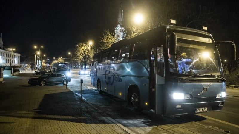 ÕL VIDEO JA FOTOD   Bussitäied eestlasi sõitsid Soome pandasid vaatama