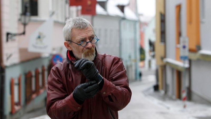 EV100 VIDEO | Andres Lepik meenutab: värvisime Soome teatrikongressil punalipud sinimustvalgeks