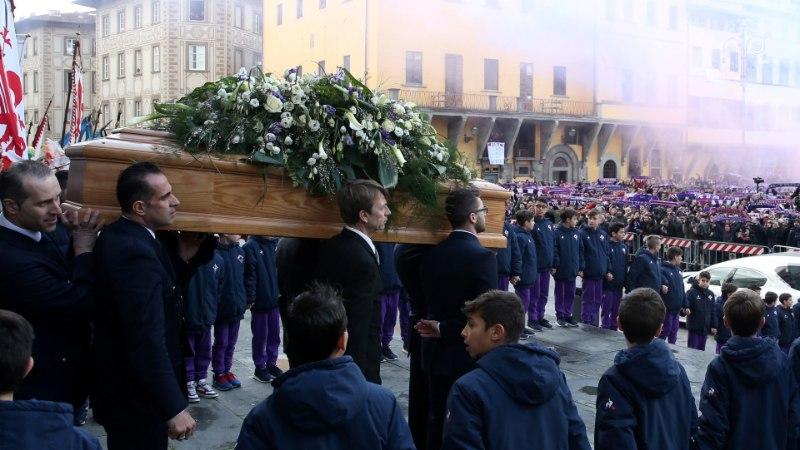 VIDEO   Tuhanded fännid saatsid traagiliselt surnud Davide Astori viimsele teekonnale