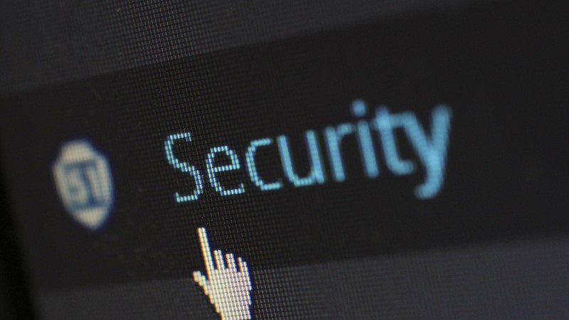 EKSPERT SOOVITAB: kuidas enda andmetega internetiavarustes turvaliselt ümber käia