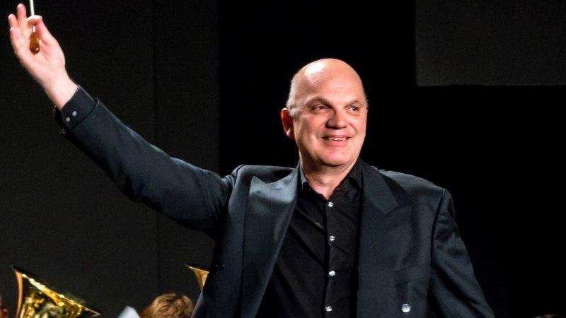 Maailmakuulus Hollandi helilooja ja dirigent Jacob de Haan annab Eestis kaks kontserti