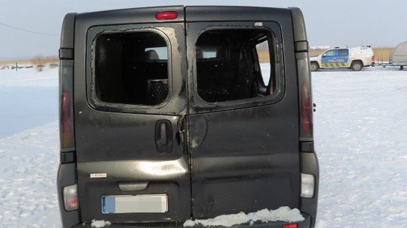 AMETLIK: Munalaiu sadama juures läbi jää vajunud bussi juht oli joobes