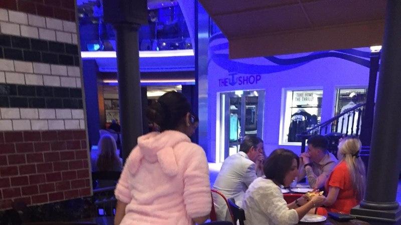 GALERII JA VIDEO | Eestlane käis maailma suurimal kruiisilaeval: seal näeb tipptasemel etteasteid ja muusikalietendust!
