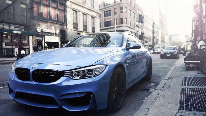 Lätis ja Leedus on mõistlik jätta auto (eriti BMW) valvega parklasse: varguse oht!