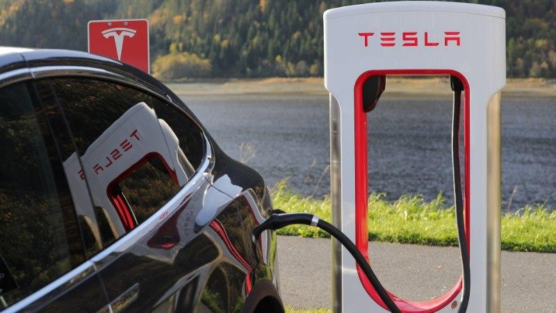 Miks elektriautode tootjad ei reklaami, kui kiiresti saavad akud täitsa täis laetud?