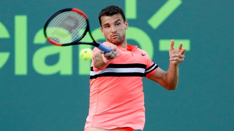 MURDJA! Williamsi ja Šarapovaga semminud Bulgaaria tennisetäht jäi pidama imekauni lauljatari juures