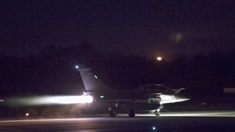 Война началась: Запад нанес удар по Сирии (ВИДЕО)