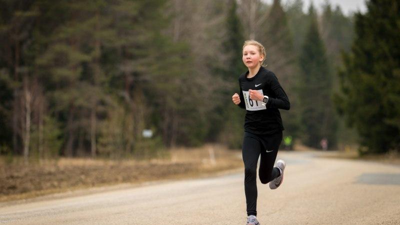 USKUMATU PERE! 13aastase Eesti imejooksja vend on samuti ülimalt väle