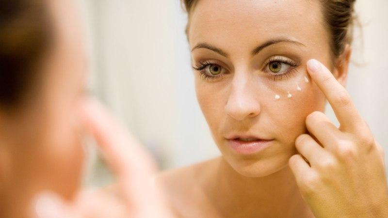Kuiva naha peletamiseks selgita välja selle põhjused
