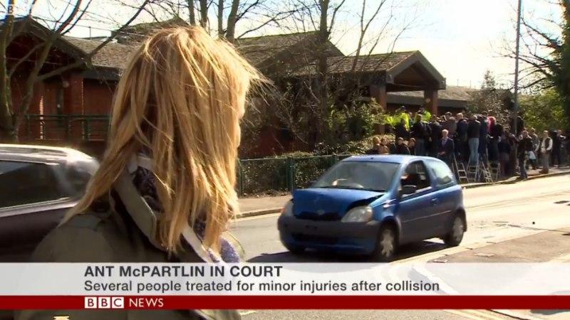 VIDEO | BBC uudistesaate otse-eetris toimus autoavarii