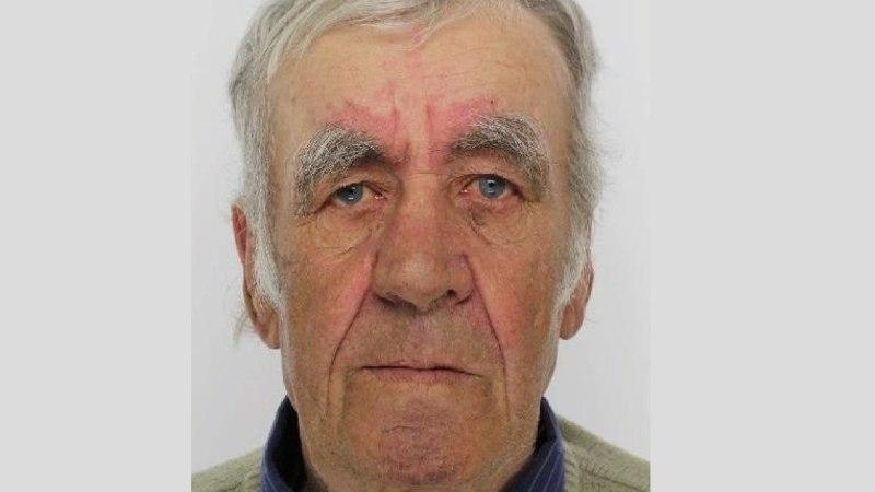 Полиция просит помощи в поисках 68-летнего Ивана