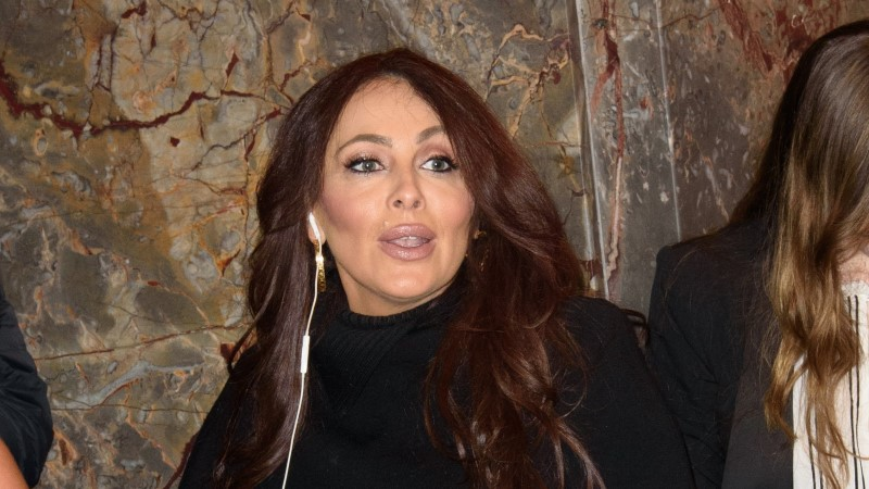 Naissoost eksmänedžer süüdistab Mariah Careyt seksuaalses ahistamises