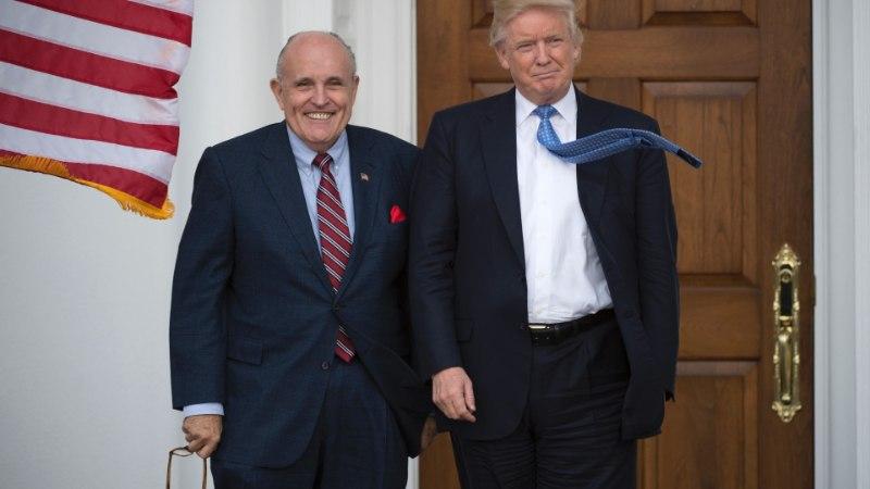 Trumpi advokaatide tiimiga liitub New Yorgi endine meer Rudy Giuliani