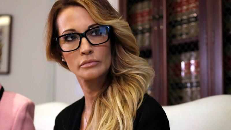 Pornostaar: Stormy Daniels magas Trumpiga ja mulle pakuti sama eest 10 000 taala