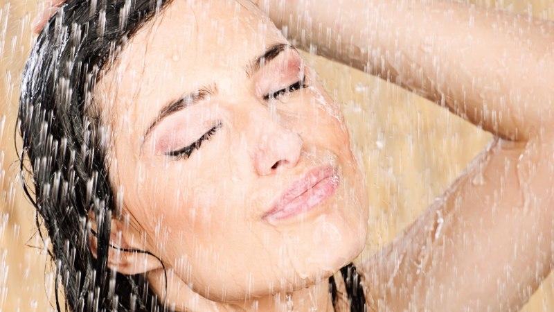 Seitse soovitust, kuidas duši all käimisega oma nahale mitte liiga teha