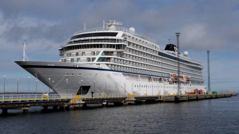 GALERII | Tallinna sadamasse saabus hooaja esimene kruiisilaev