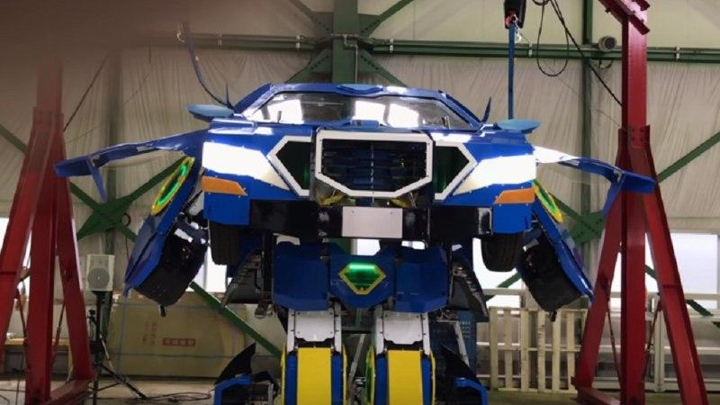 VIDEOD | Jaapanlased ehitasid valmis auto, mis muutub robotiks