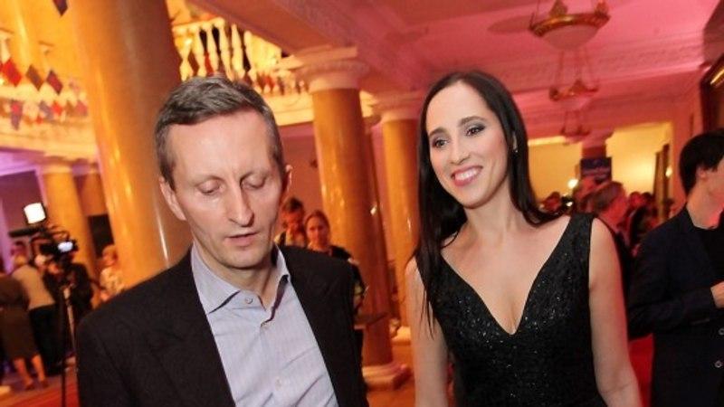 PILDID | Elina Nechayeva säras TMW avamisel šikis mustas kleidikeses